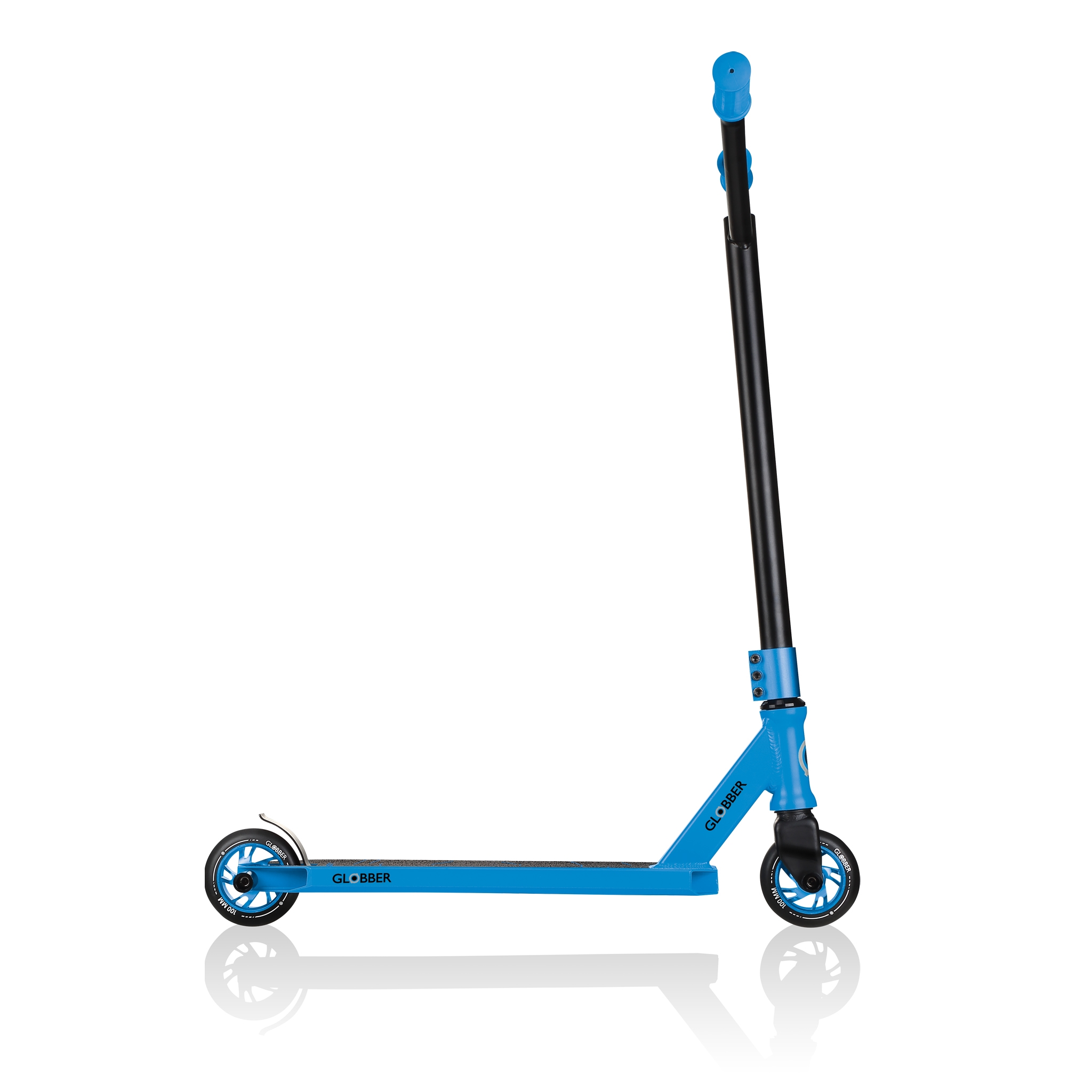 stunt scooter for kids and teens aged 8+ with pegs - Globber GS 540 3