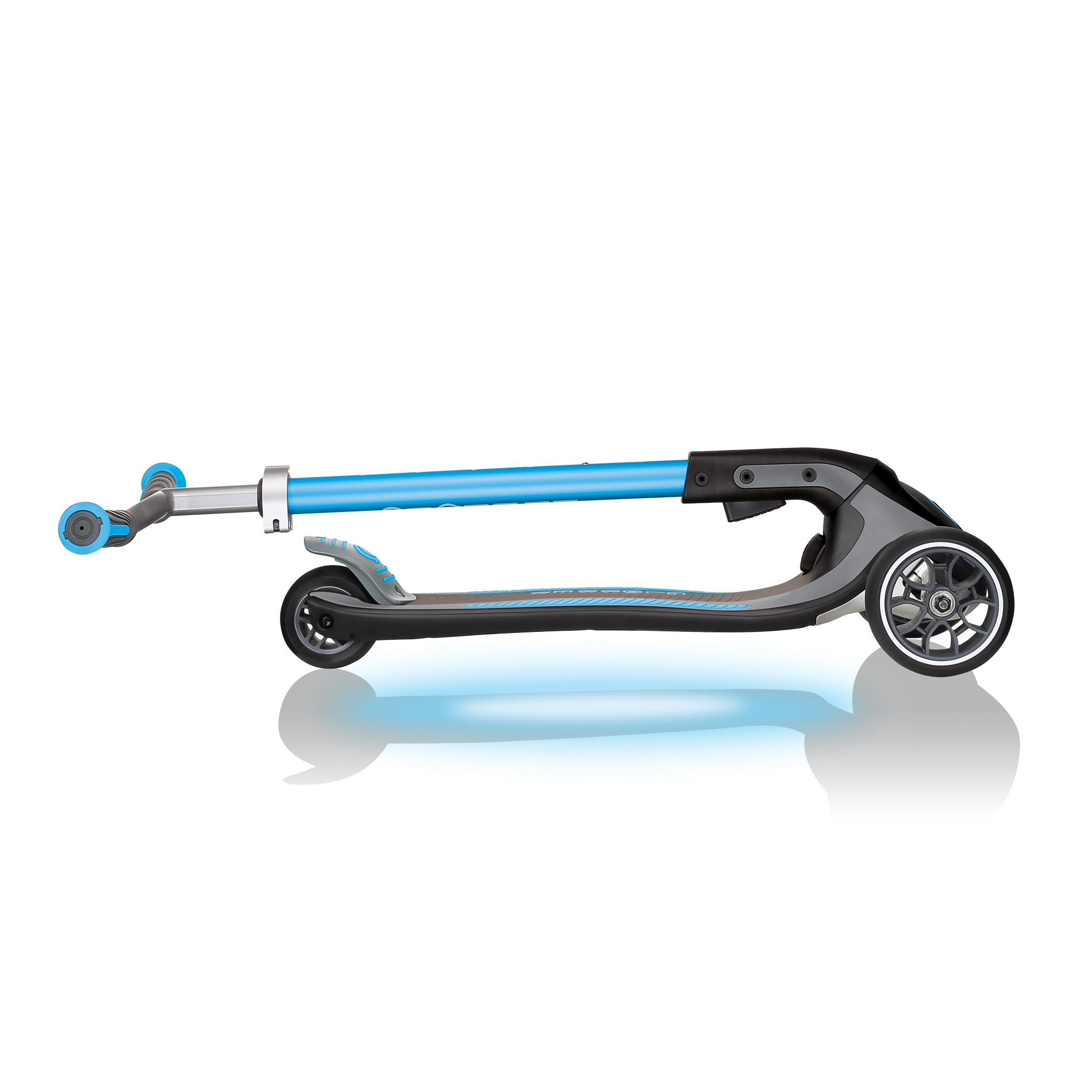 ULTIMUM-LIGHTS-foldable-scooter-for-kids-and-teens-sky-blue