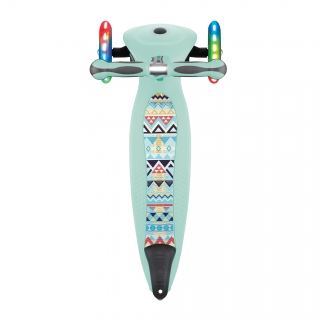 foldable-scooters-for-toddlers-with-patterned-deck-GO-UP-DELUXE-FANTASY-LIGHTS thumbnail 5