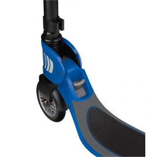 FLOW-FOLDABLE-125-2-wheel-folding-scooter-with-push-button-navy-blue thumbnail 4