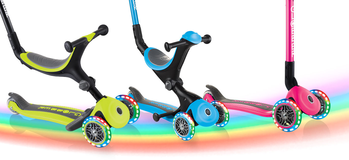 GO UP FOLDABLE PLUS LIGHTS, GO UP DELUXE LIGHTS AND JUNIOR FOLDABLE LIGHTS light-up wheels that flash in red, green and blue.