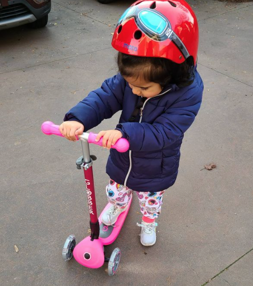 PRIMO FOLDABLE LIGHTS 3-wheel scooter for kids