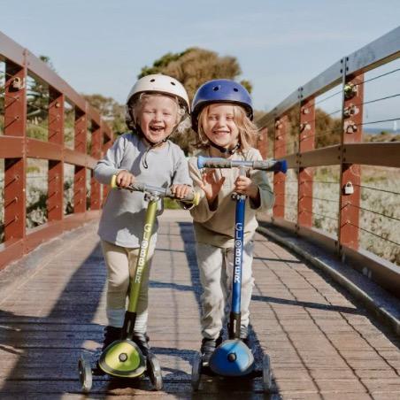 Kids on Globber's ELITE LIGHTS light-up scooters for kids - thumbnail