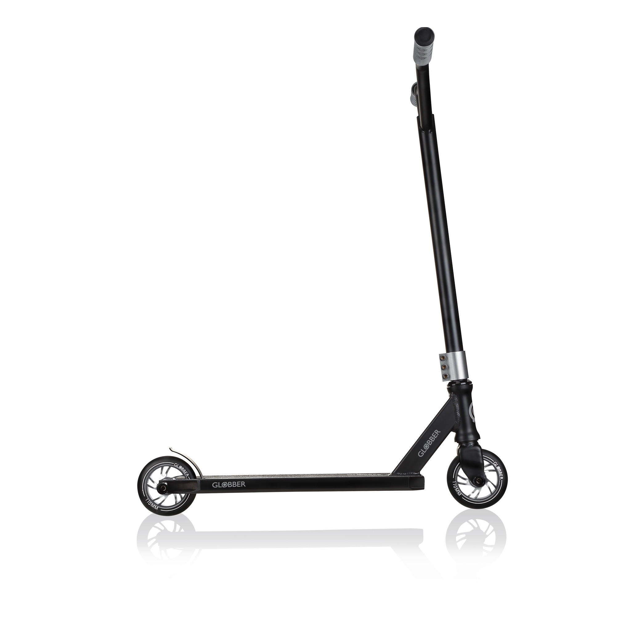 stunt scooter for teens aged 8+ - Globber GS 720 3