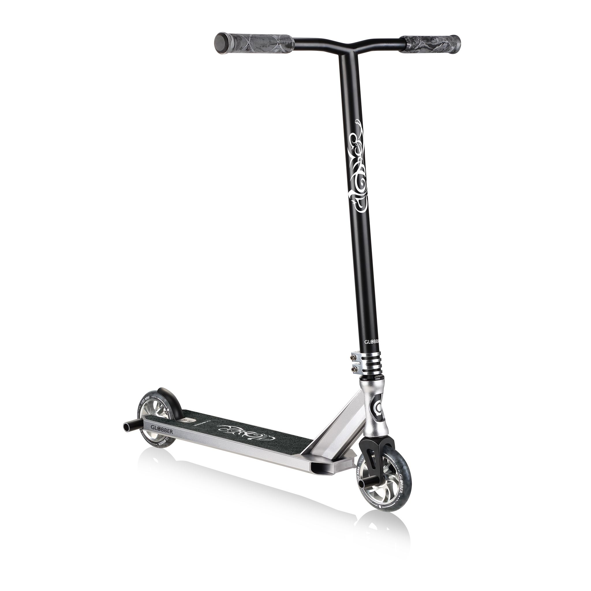Globber-GS-900-stunt-scooter-for-kids-aged-8-and-teens-and-young-adults-with-120mm-wheels-and-triple-channel-aluminium-deck_grey 0
