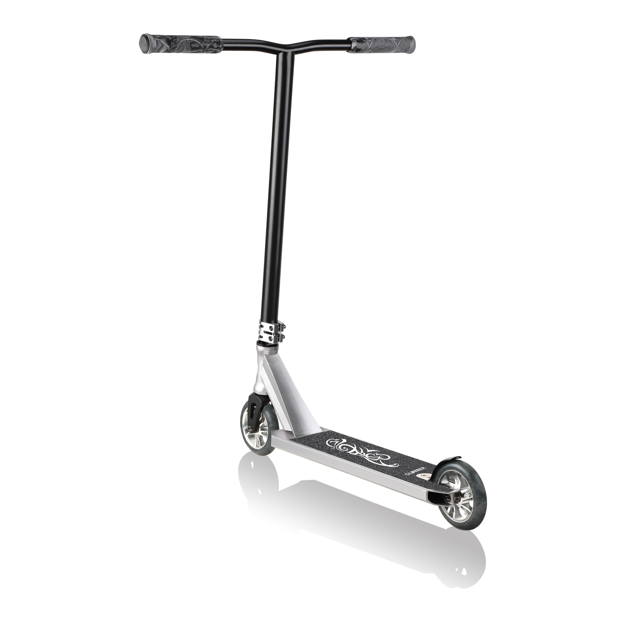 Globber-GS-900-best-stunt-scooter-with-NECO-headset-and-6063-aluminium-anodized-CNC-double-clamp-grey