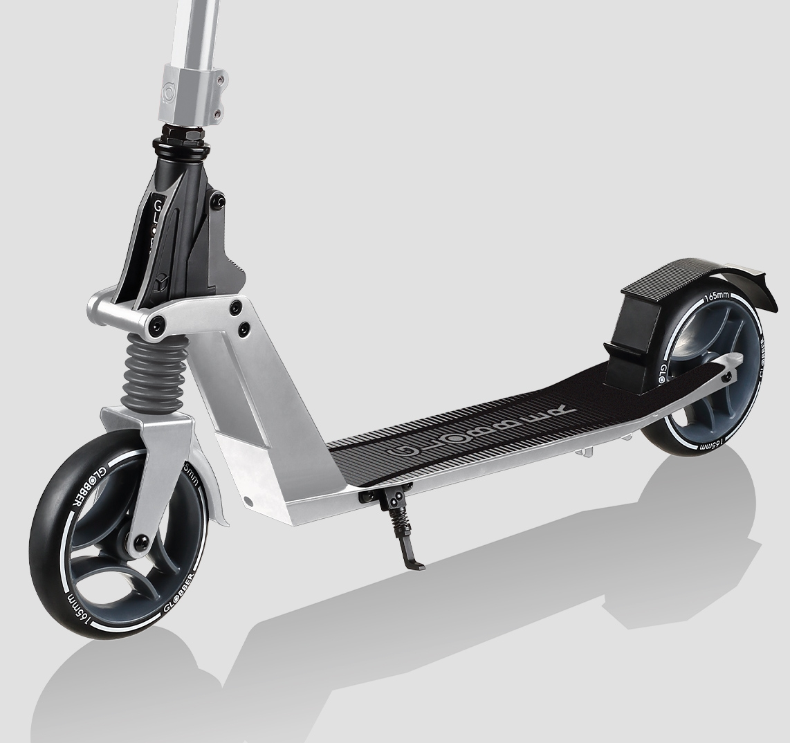 Globber-ONE-K-2-wheel-foldable-scooters-designed-to-last