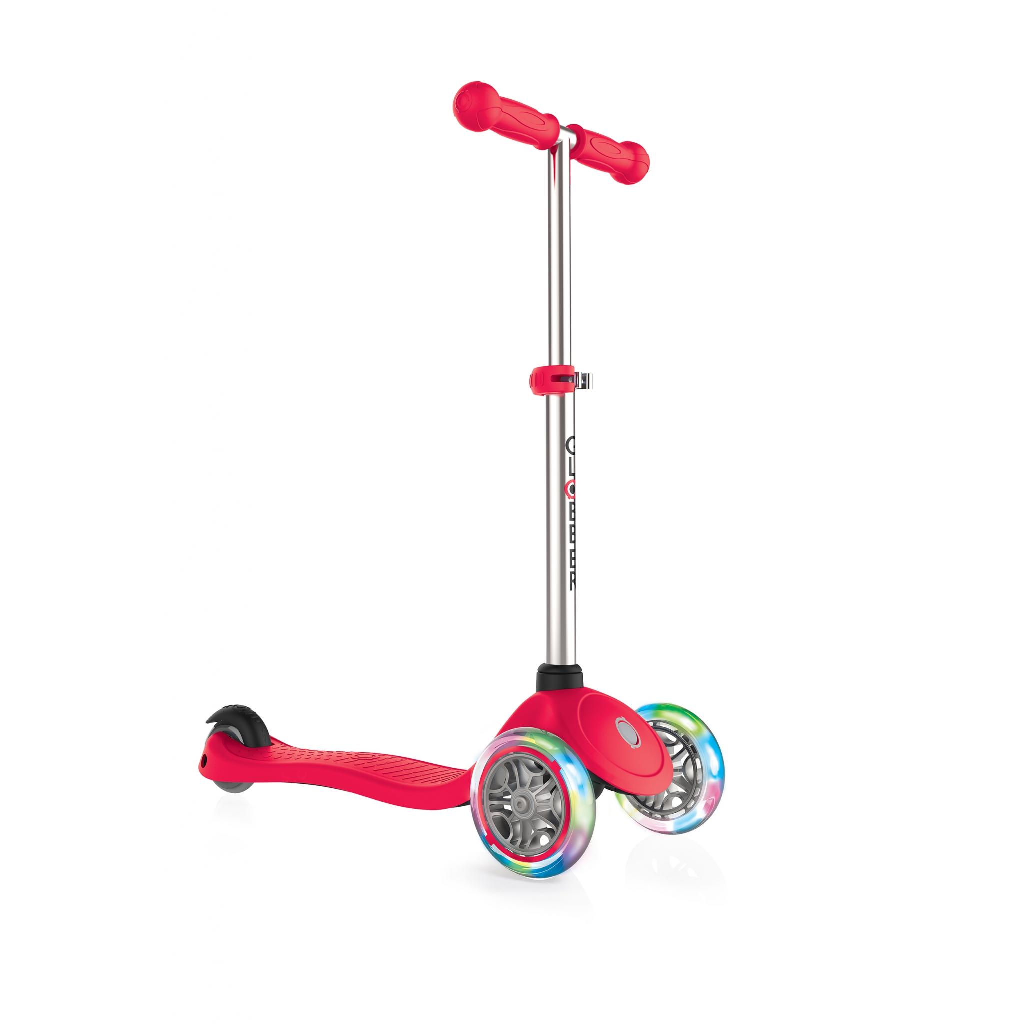 globber primo lights trottinette enfants 3 roues avec guidon ajustable bouton de blocage de la. Black Bedroom Furniture Sets. Home Design Ideas