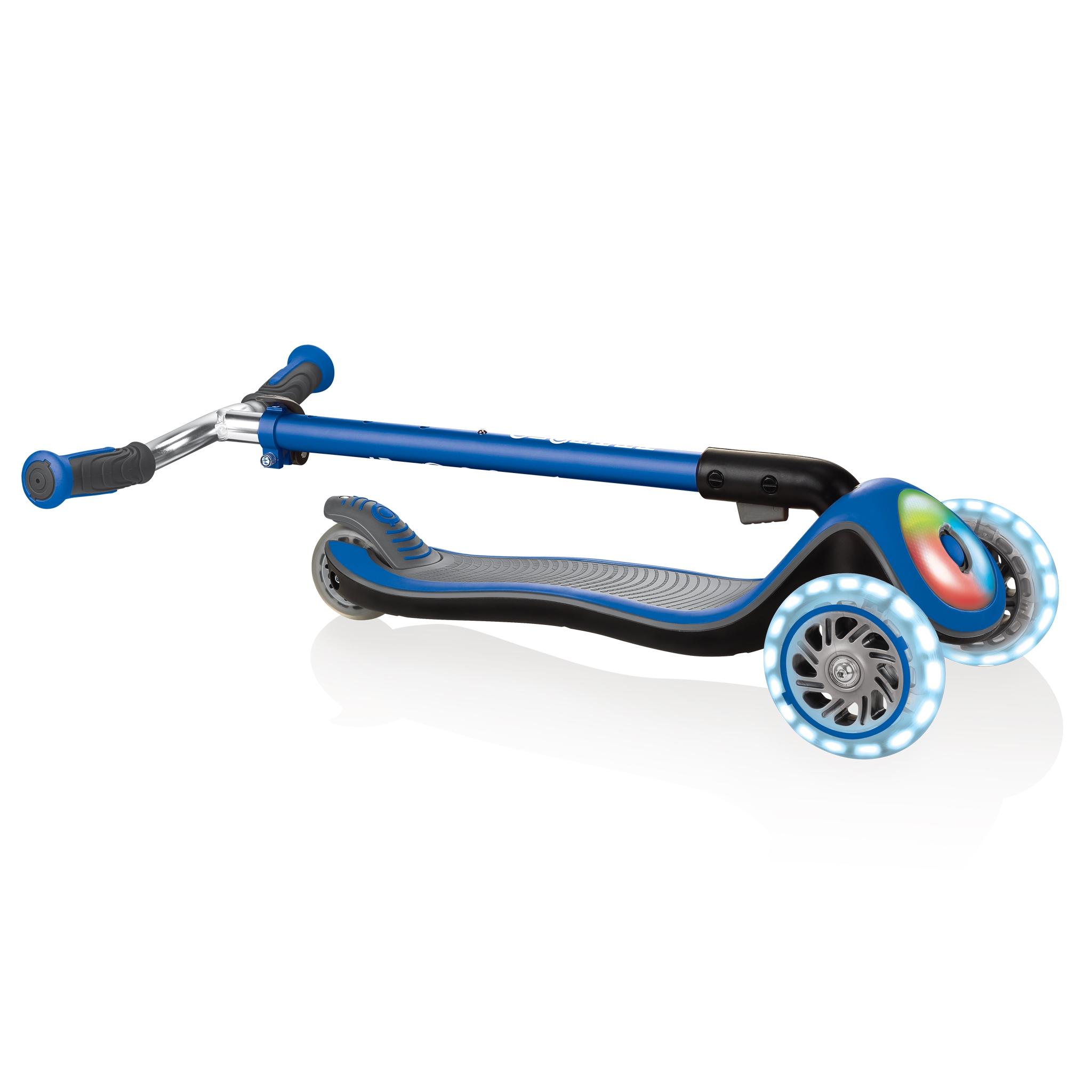 Globber-ELITE-PRIME-easy-foldable-3-wheel-scooter-for-kids-aged-3+-navy-blue 4