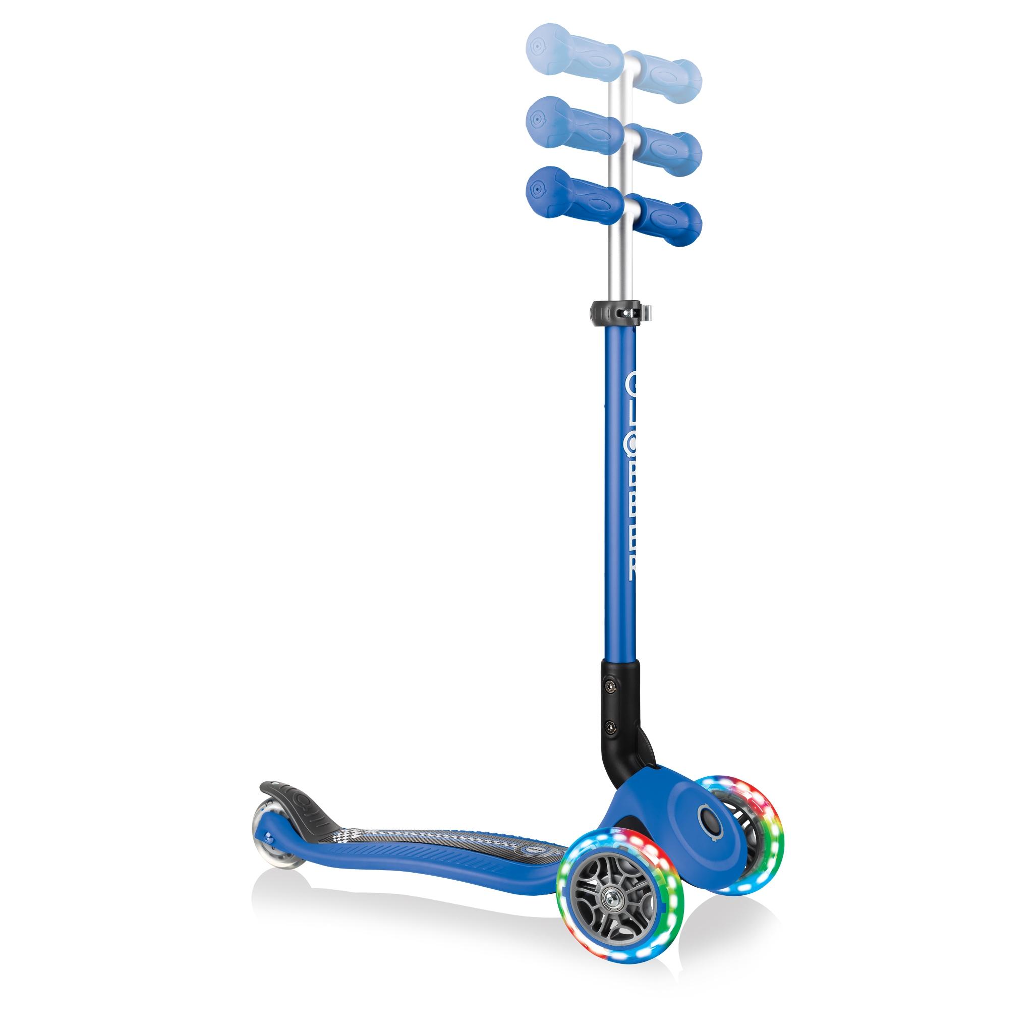 primo-foldable-fantasy-lights-3-wheel-light-up-scooter-with-adjustable-T-bar 3