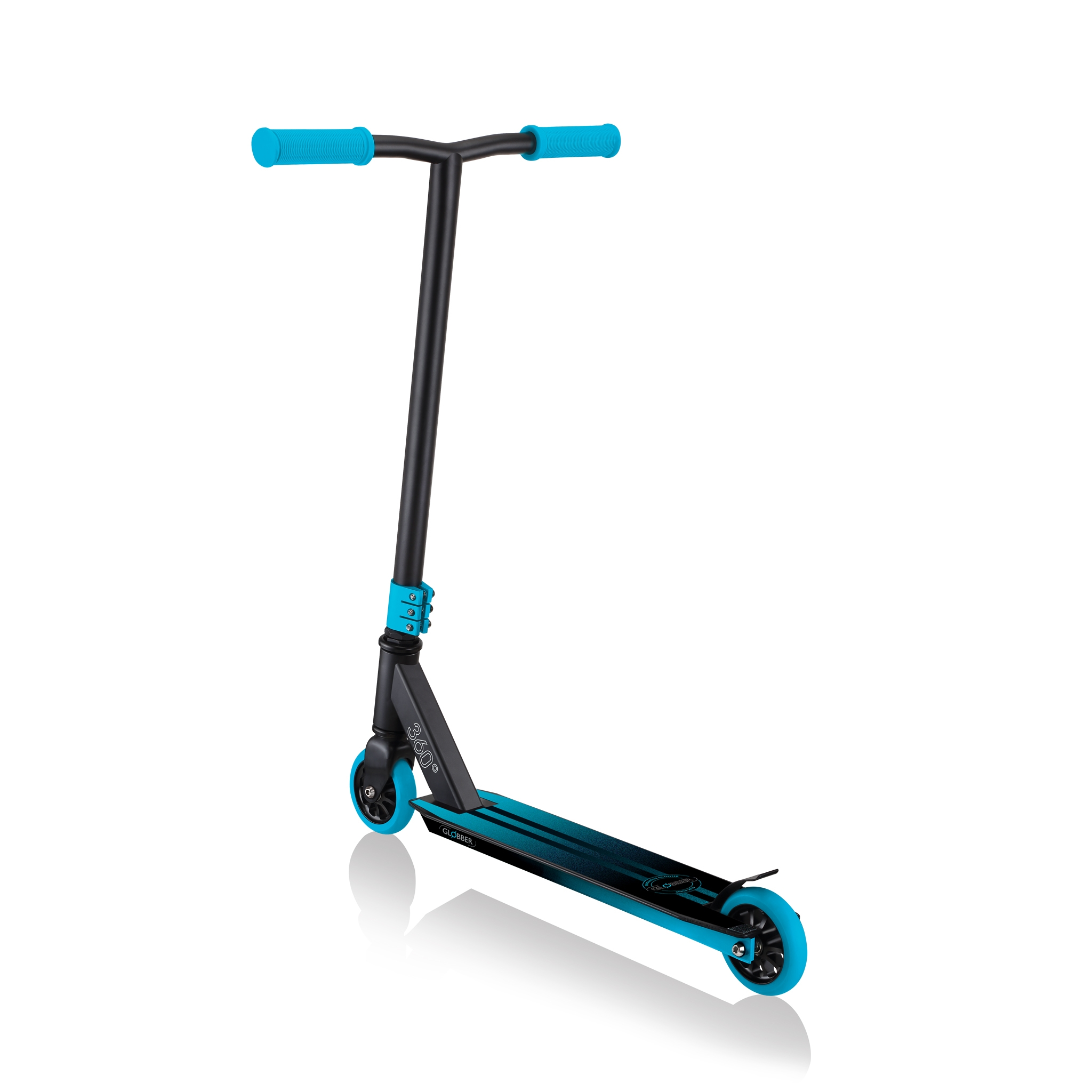 freestyle-scootering-Globber-GS360 3