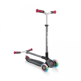 Globber-MASTER-LIGHTS-convenient-foldable-3-wheel-light-up-scooter-for-kids-with-patented-folding-system_black-red thumbnail 3