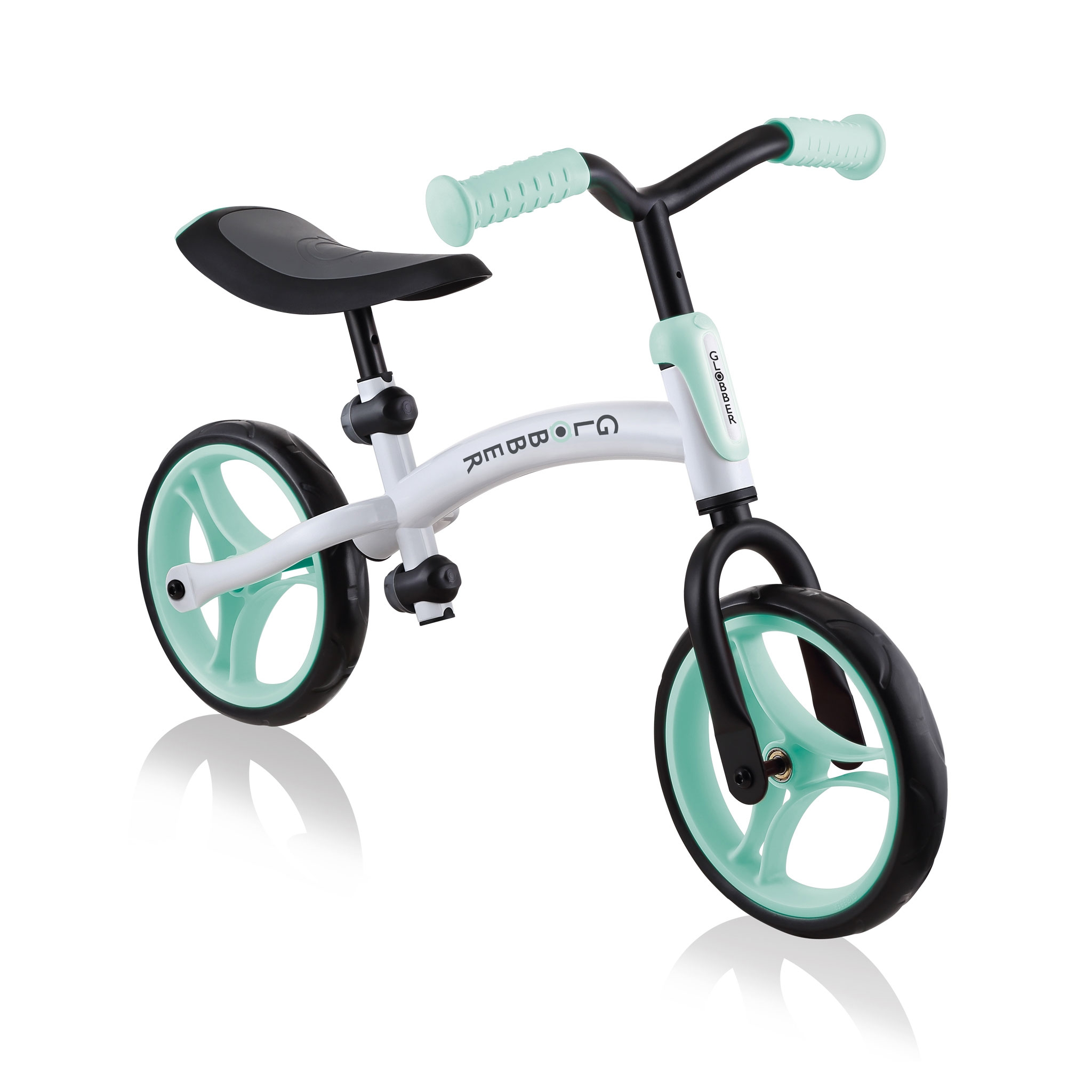 GO-BIKE-DUO-toddler-balance-bike-with-reversible-frame_lime-green_ 1