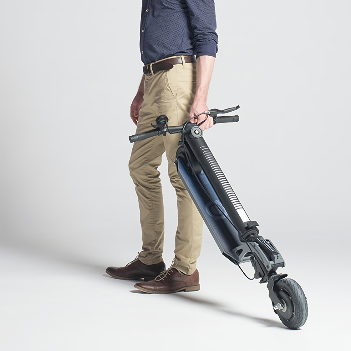 it's a foldable e-scooter - kick & fold